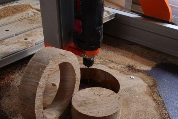 cnc-ring-uit-boomstam-frezen-passion-4-woodCFCACD64-920D-9DD9-AE32-18DDB6E72B45.jpg